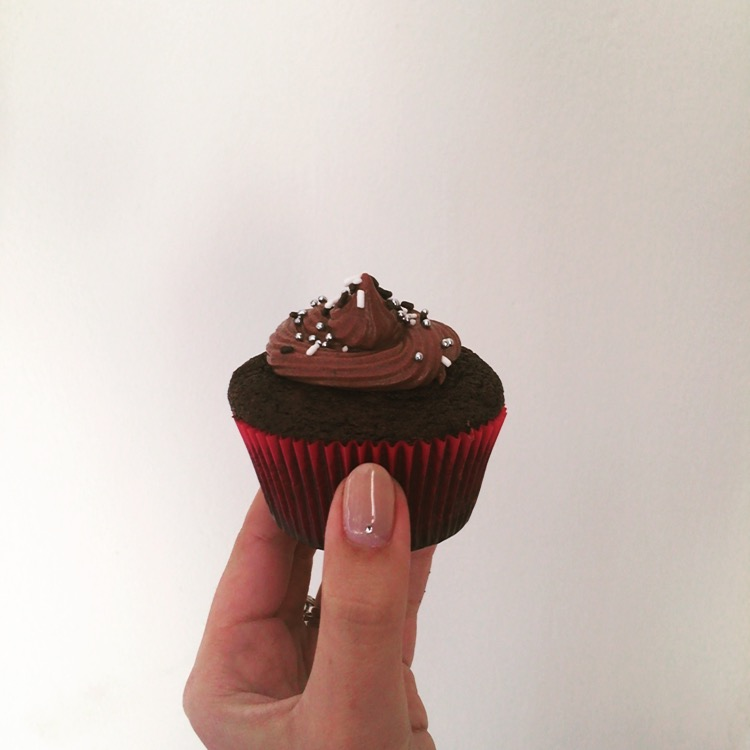My attempt at the Nutella lava cupcakes.