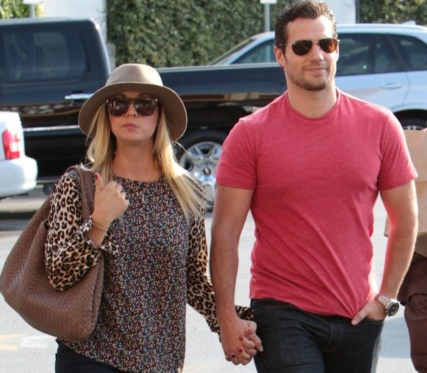 Henry Cavill and Kaley Cuoco spotted together Source:aceshowbiz.com