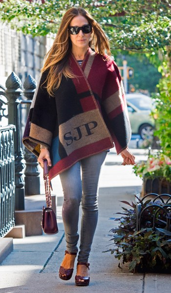 Sarah-Jessica Parker in her personalised poncho.