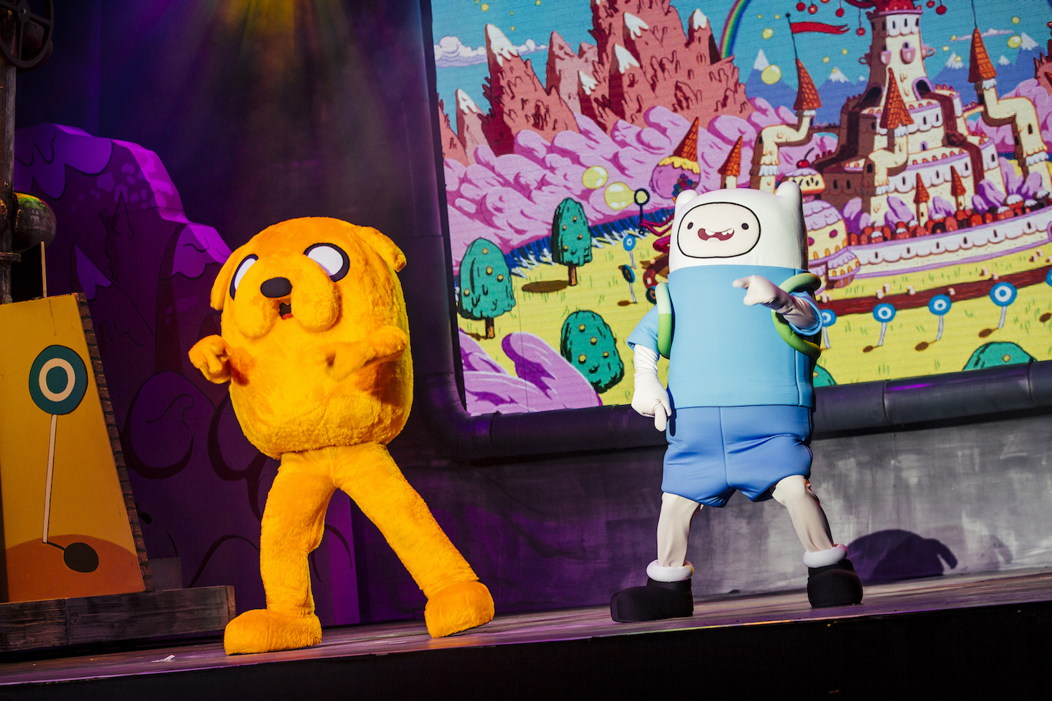 Review: Cartoon Network Live! - Hearts in Her Shoes