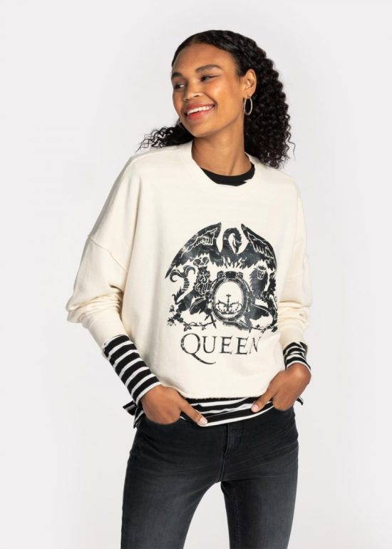 Sweaters Nikita Camacho Hearts in Her Shoes Mommy and Lifestyle Blogger